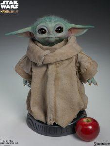 Baby Yoda Sammlerfigur in Lebensgröße